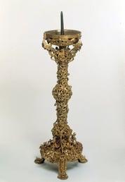 格洛斯特烛台:中世纪铸造投资的详尽例子